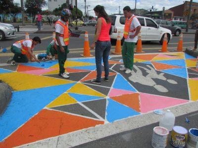 59371a8e345a765527d808b2_painting-diy-crosswalks1-p-800
